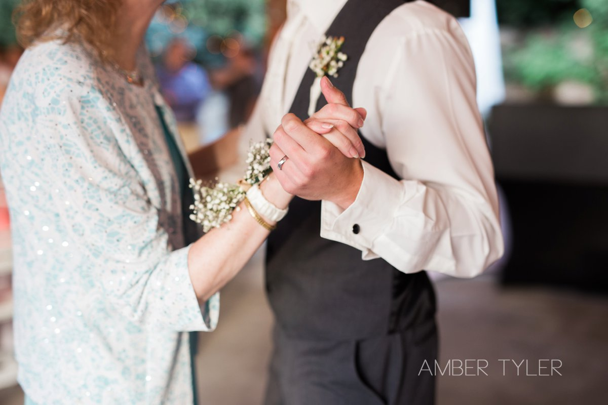 IMG_0846_spokane wedding photographer
